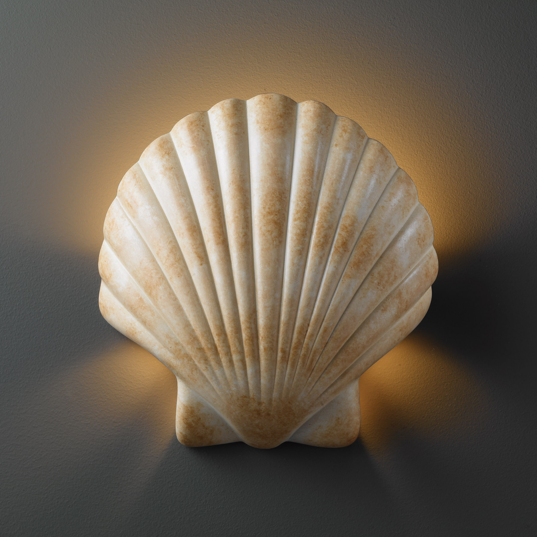 Justice Design Cer 3730 Seas Seas Ambiance Scallop Shell Ada Wall Sconce