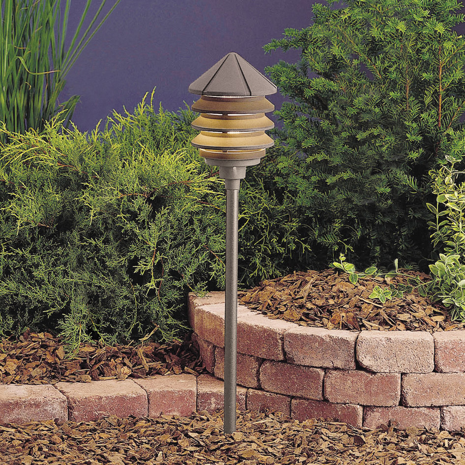 Kichler 15205azt six groove 120v three tier path spread for 120v landscape lighting