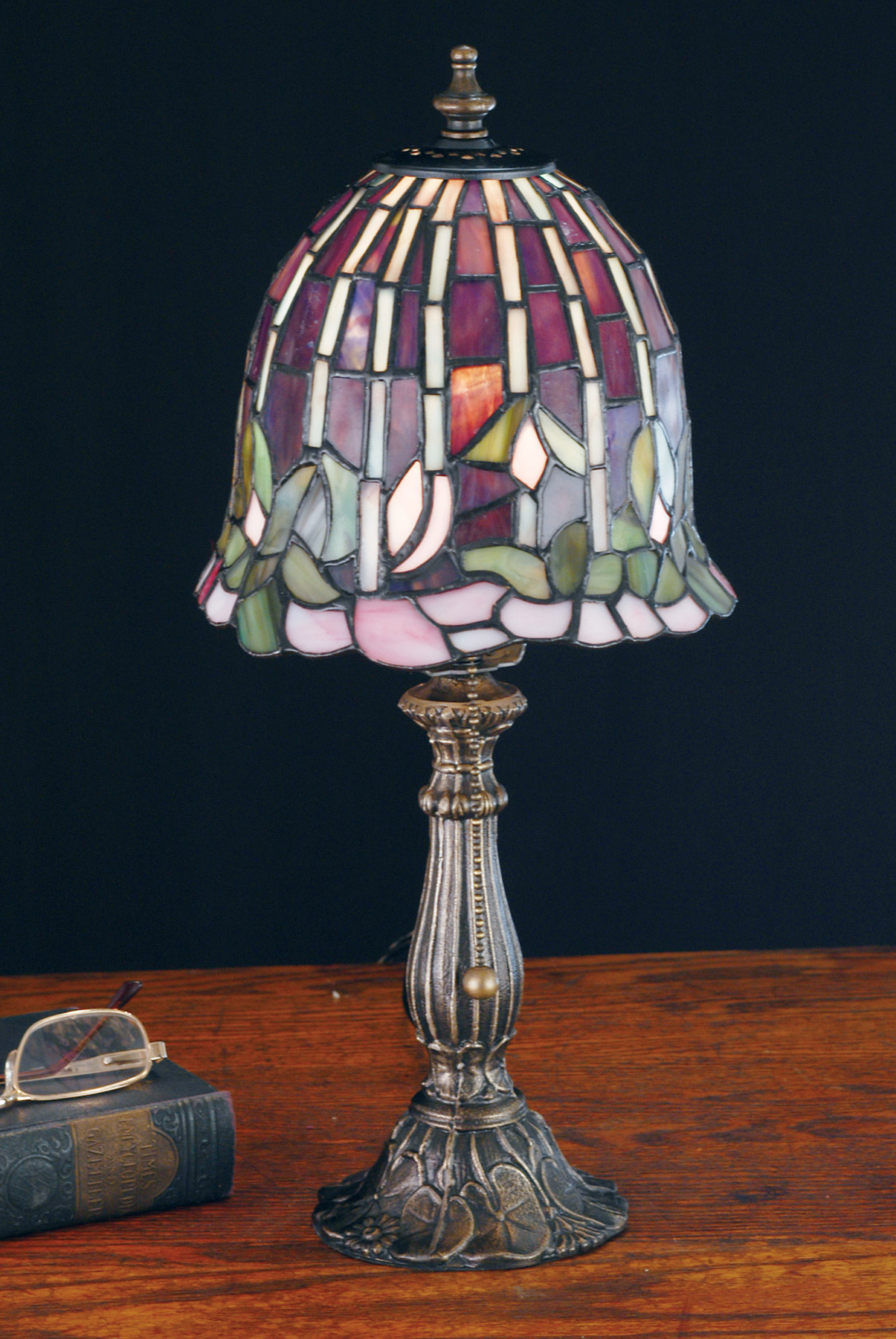 Meyda 26647 Tiffany Flowering Lotus Accent Lamp