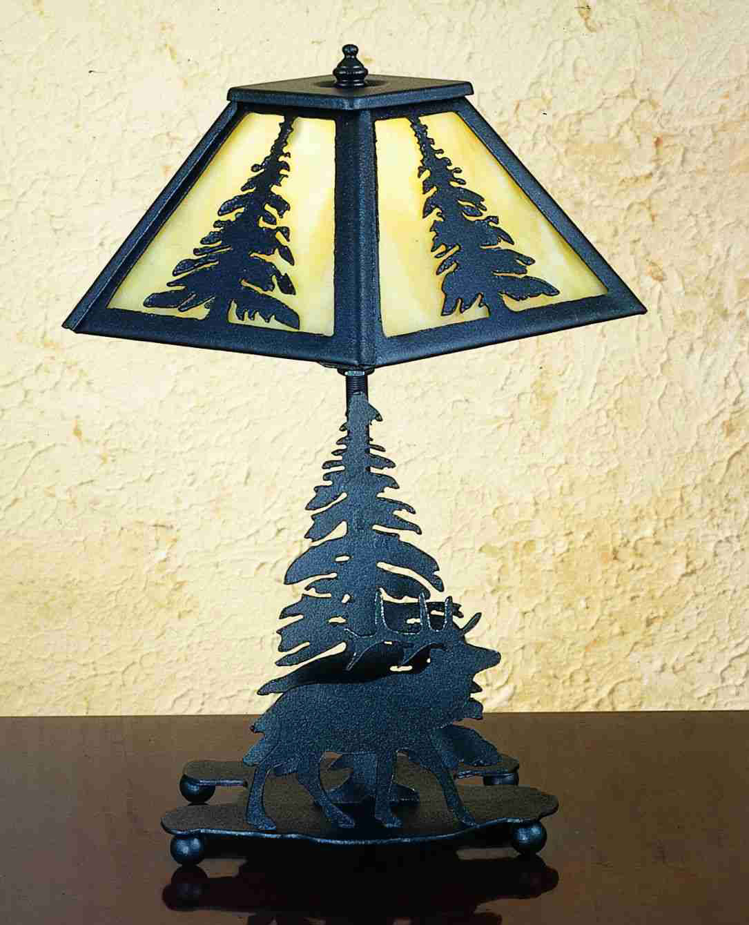 rustic decorating ideas meyda 31396 pine tree and elk table lamp 31396