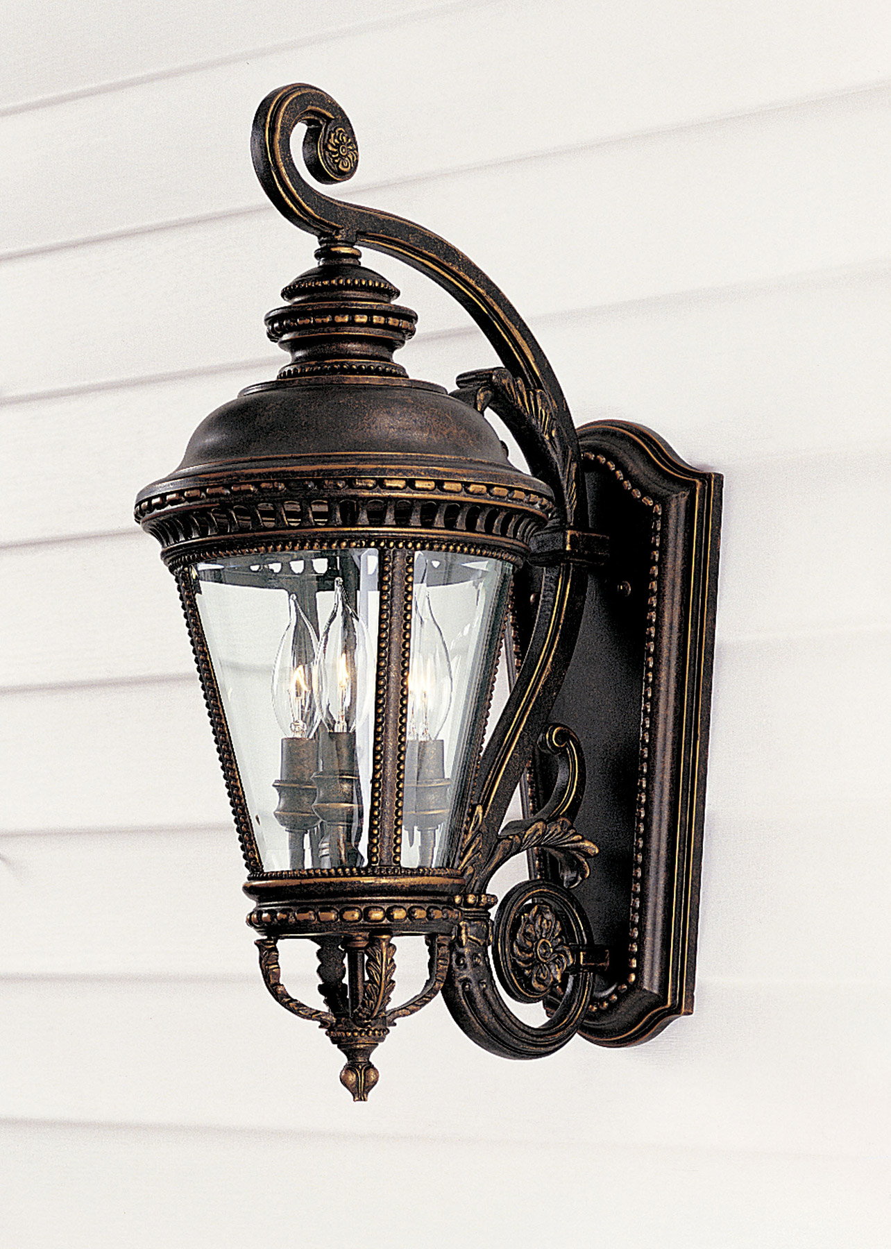 feiss ol1901gbz castle outdoor wall lantern